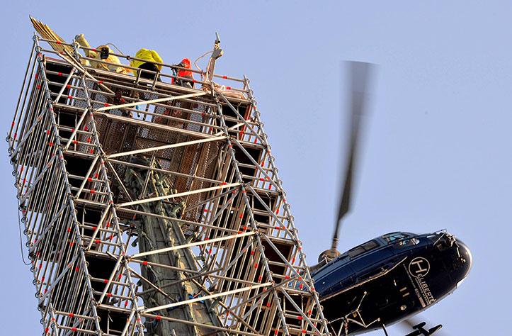 hélicoptère mont saint michel