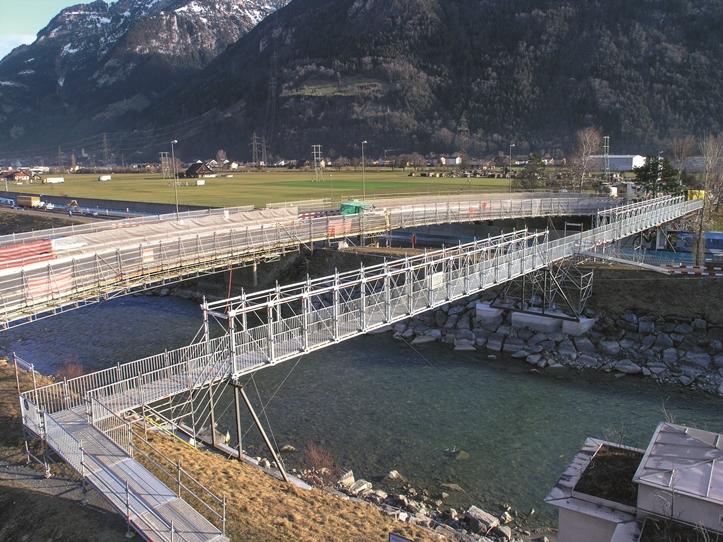 OLYMPUS DIGITAL CAMERA    CD 16_10  Layher Schweiz Fotograf    +  CD 93_10