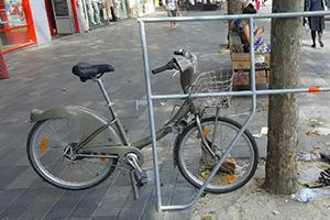 Les usagers de Vélib' convaincus de la fiabilité du matériel Layher …